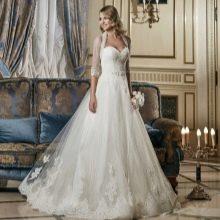 Свадебное платье с болеро  пышное