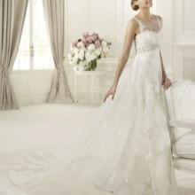 Свадебное платье от  Pronovias ампир