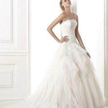 Свадебное платье из коллекции DREAMS от Проновиас пышное