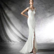 Свадебное платье с разрезом от Проновиас