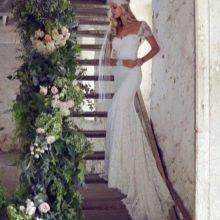 Свадебное платье из коллекции   Forever Entwined со шлейфом