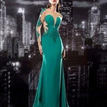 Вечернее платье с кружевным длинным рукавом