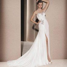 Свадебное платье от La Sposa с разрезом