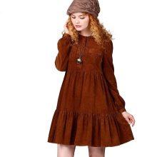 Бархатное теплое платье с завышенной талией с длинным рукавом