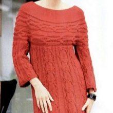 Вязаное зимнее платье с завышенной талией с длинным рукавом