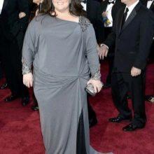 Серое длинное платье с драпировкой на бедре и с длинным рукавом для полных