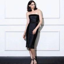 Платье без бретелей прямое