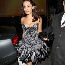 Платье из перьев птиц
