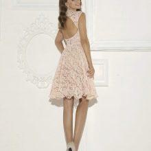 Платье с открытой спиной кружевное