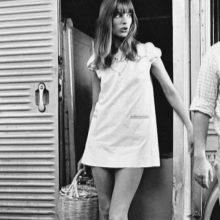 Короткое платье А-силуэта 60-х годов