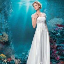 Платье в стиле ампир с кружевом