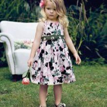 Цветное платье а-силуэта для девочек 3-5 лет