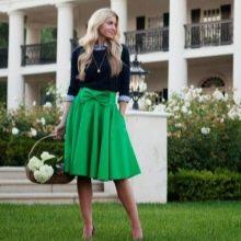 Зеленая юбка с бантом