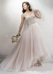 Свадебное платье длинное удлиненное сзади короткое спереди