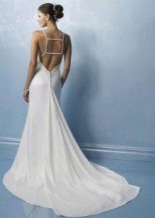 Переплетение на спине свадебного платья