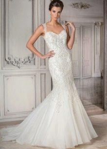 Свадебное платье на бретелях