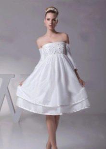 расклешенная юбка короткого свадебного платья