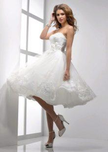 Пышная юбка короткого свадебного платья