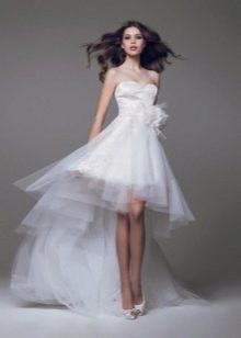 Свадебное платье короткое со шлейфом