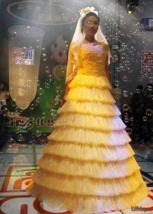 Свадебное платье из презервативов еще одно