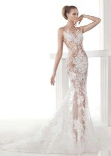 Красивое прозрачное платье для невесты