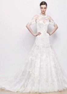 Ажурное горло на свадебном платье