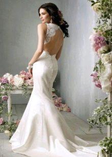 Свадебное платье с ажурной открытой спиной