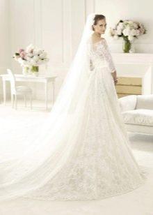 Кружевное свадебное платье Ели Сааб