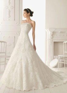 Свадебное платье А-силуета длинное