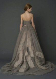 Серое свадебное платье Веры Вонг