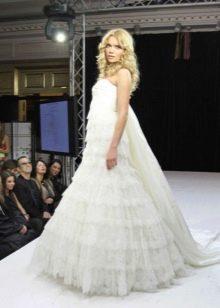 Пышное свадебное платье от Юдашкина