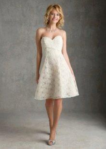 Легкое короткое свадебное платье