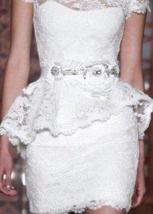 Полностью кружевное свадебное платье