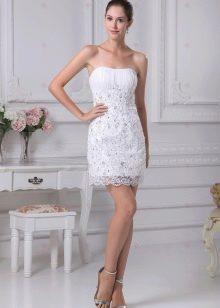 Свадебное летнее платье короткое облегающее