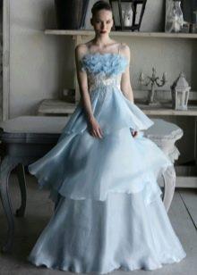 Голубое свадебное летнее платье