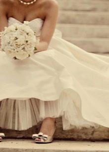 Обувь к летнему свадебному летнему платью