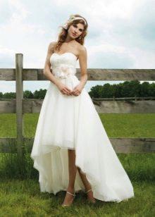 Свадебное платье летнее короткое спереди, длинное сзади