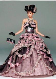 Цветное свадебное платье в национальном стиле