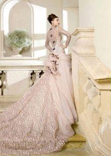 Оригинальное свадебное платье от  Atelier Aimee