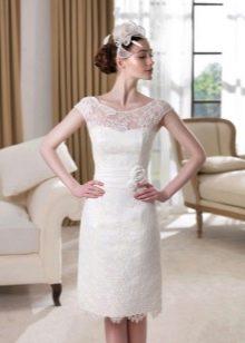 Простое короткое свадебное платье