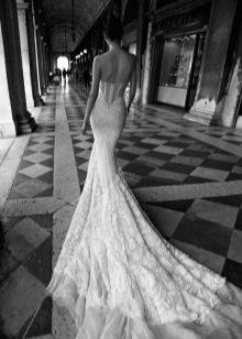 Свадебное платье Inbal Dror  со шлейфом
