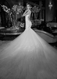 Свадебное платье Galia Lahav с длинным шлейфом
