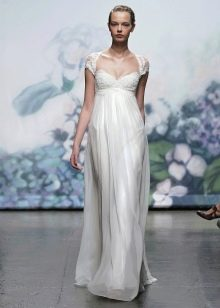 Платье свадебное в стиле ампир с кружевной отделкой