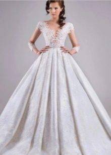 Ажурный лиф в свадебном платье