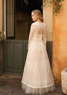 Свадебное платье с прозрачной накидкой