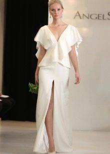 Свадебный юбочный костюм с глубоким разрезом
