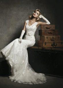 Свадебное платье с длинными перчатками