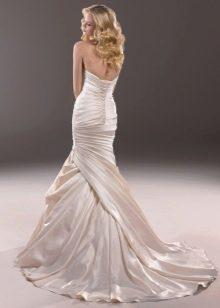 Свадебное платье русалка с необычным шлейфом