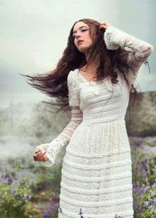Закрытое свадебное платье бохо из плотного кружева