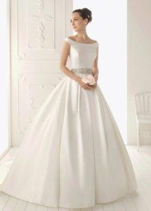Свадебное платье А-стиля из шелка